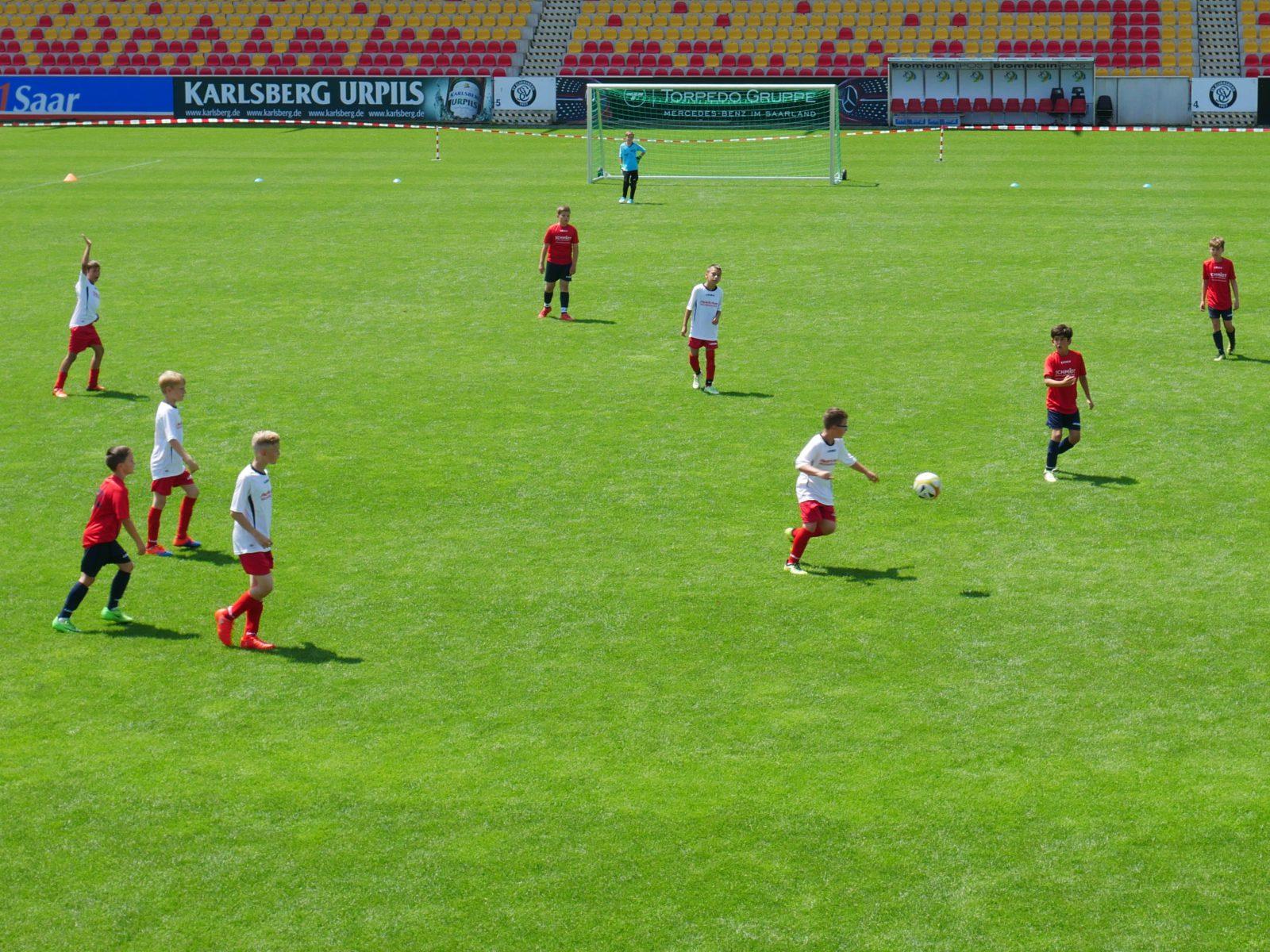 AOK Mini-WM Finale URSAPHARM Arena in Elversberg