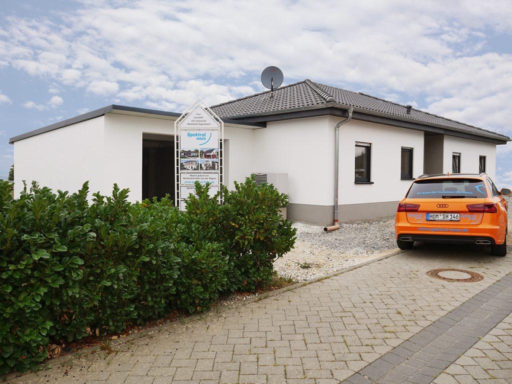Hausübergabe in Holzbach
